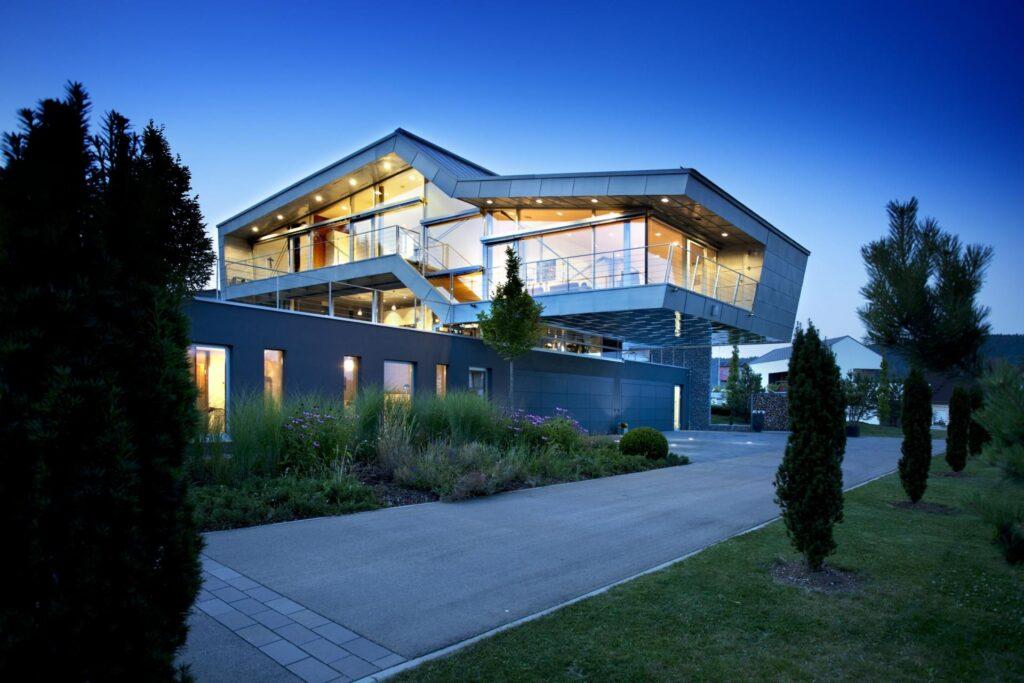 Дом с высокими технологиями