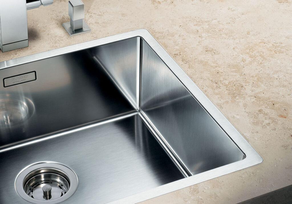 Кухонная мойка — особенности выбора